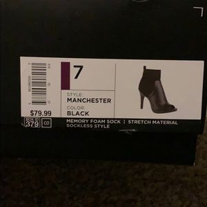 Vera Wang Shoes - Simply Vera, Vera Wang Black heels
